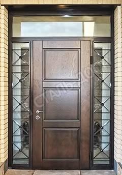 входная дверь со стеклом и боковыми