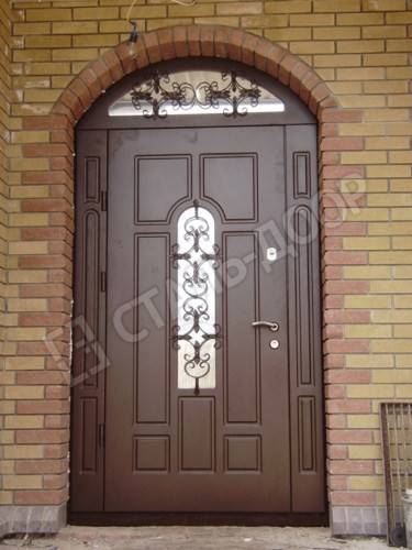входные двери с ковкой для дома от производителя