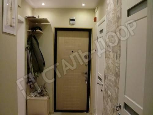 входная дверь квартиры оформление